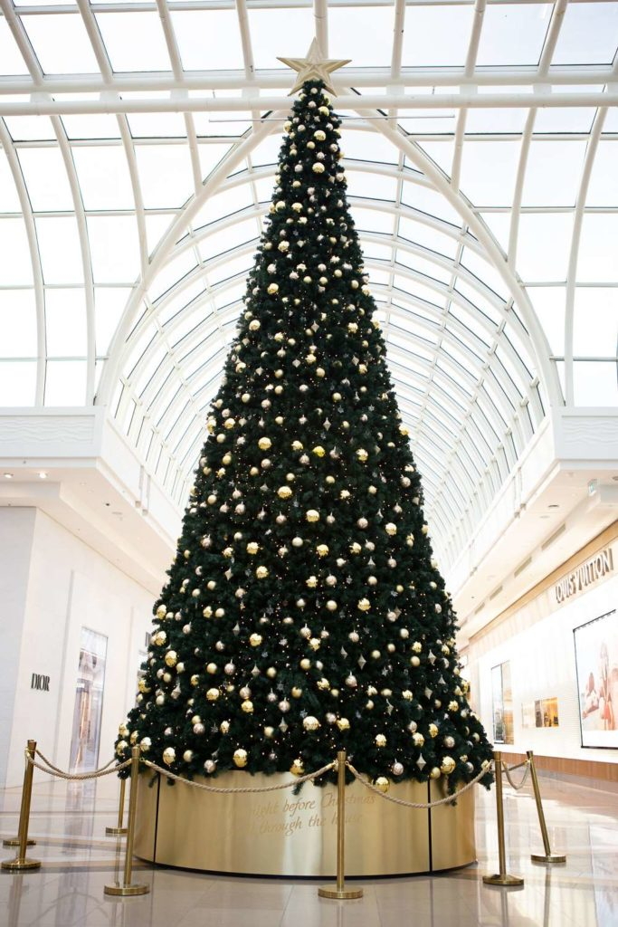 large scale christmas tree